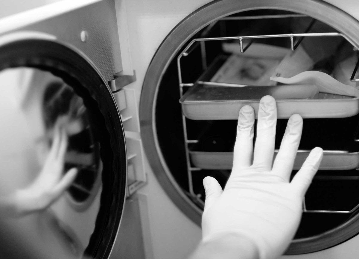 Veterinärklinik - hygien, desinficering, autoklaver och specialrengöring.